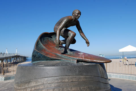 statue of Tim Kelly  at Hermosa Beach,  CA